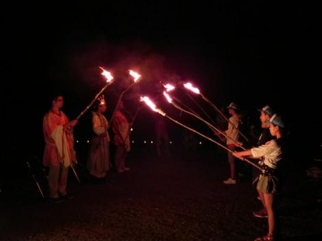 火の神から『友情の火』・『交流の火』与えられたキャンプファイヤー。