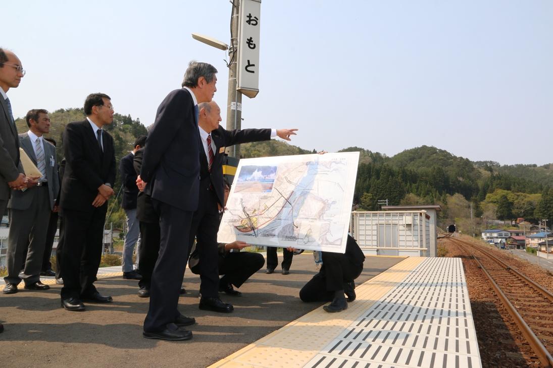 竹下復興大臣が岩泉町を視察 | いわいずみブログ